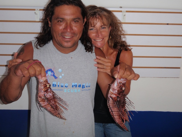 Pumbaa, Lion fish hunter King, with Joyce, Blue Magic Scuba Queen